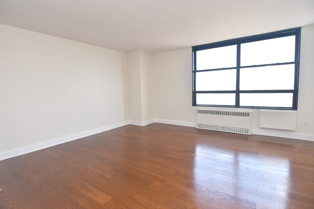 3333 Broadway - Photo 1