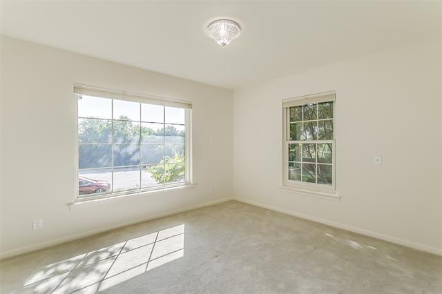 2456 Lofton Terrace - Photo 15