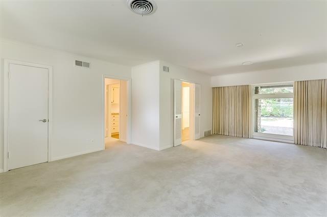 2456 Lofton Terrace - Photo 4
