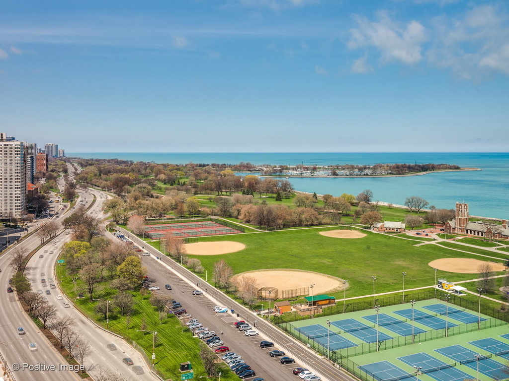 3600 North Lake Shore Drive - Photo 15