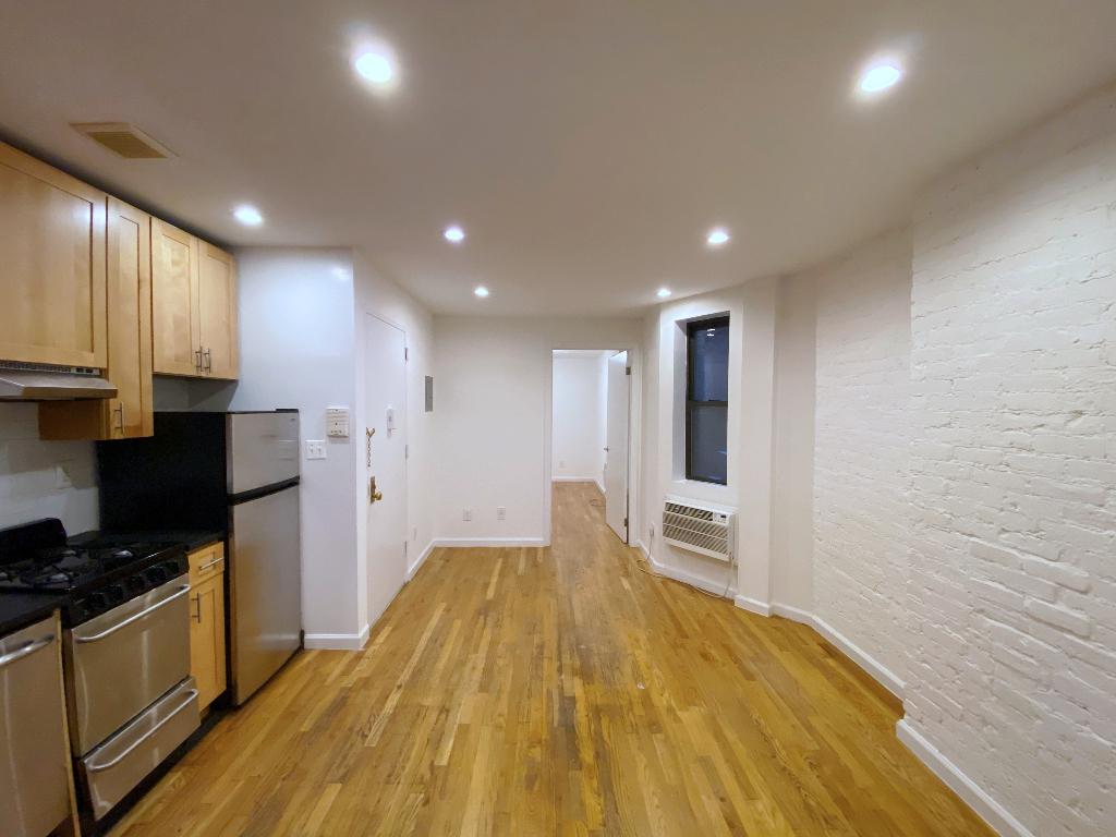431 East 73rd Street - Photo 0