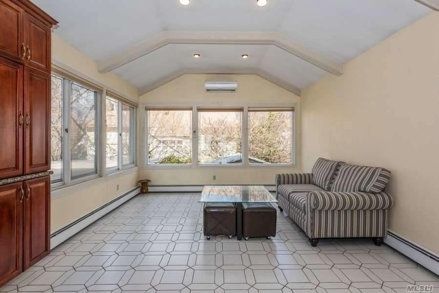 908 Eileen Terrace - Photo 5