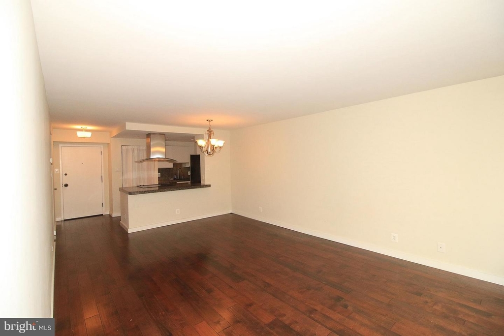 1140 23rd St Nw #105 - Photo 1
