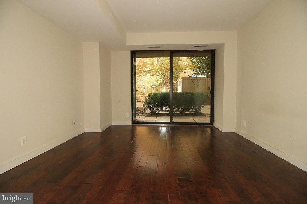 1140 23rd St Nw #105 - Photo 11
