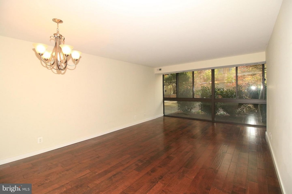 1140 23rd St Nw #105 - Photo 2