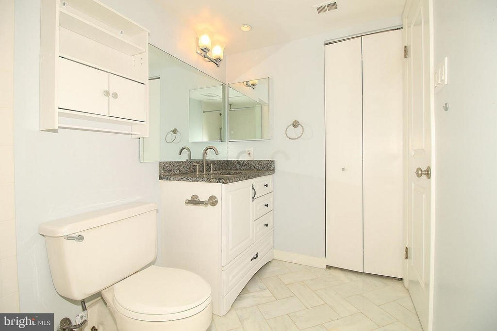 1140 23rd St Nw #105 - Photo 9