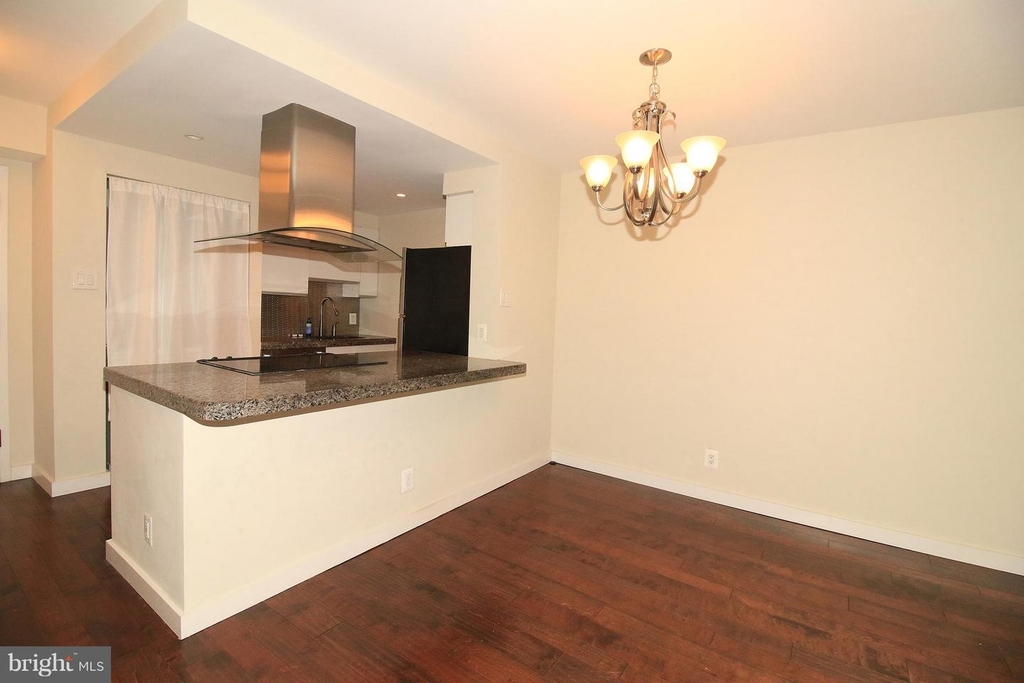 1140 23rd St Nw #105 - Photo 5
