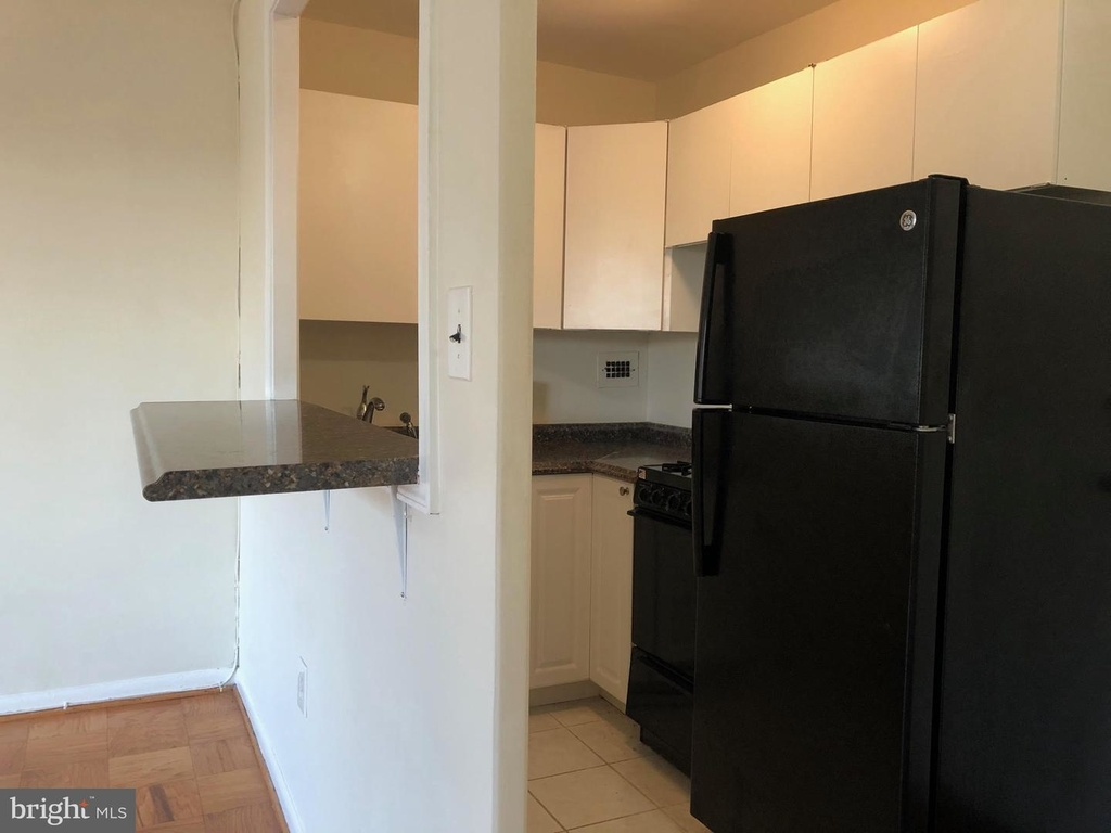 922 24th St Nw #702 - Photo 15