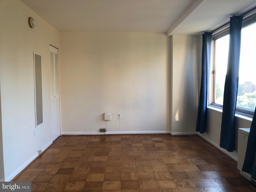 922 24th St Nw #702 - Photo 20