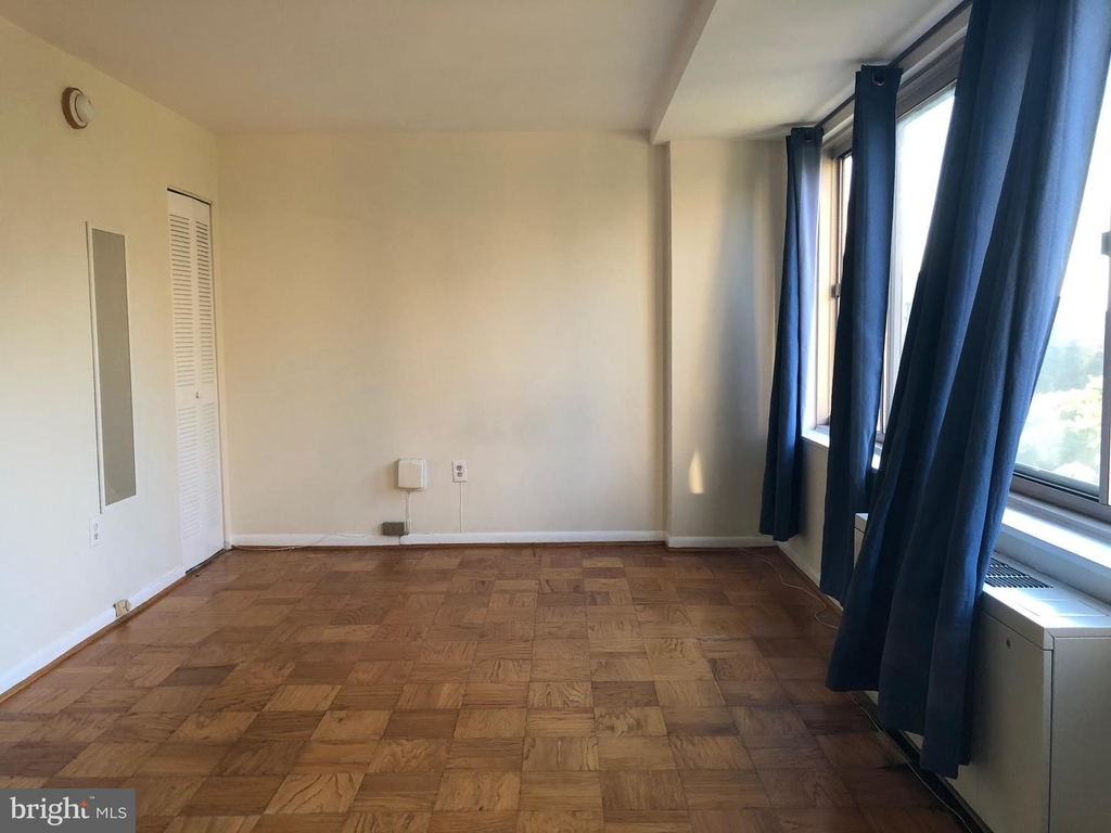922 24th St Nw #702 - Photo 6