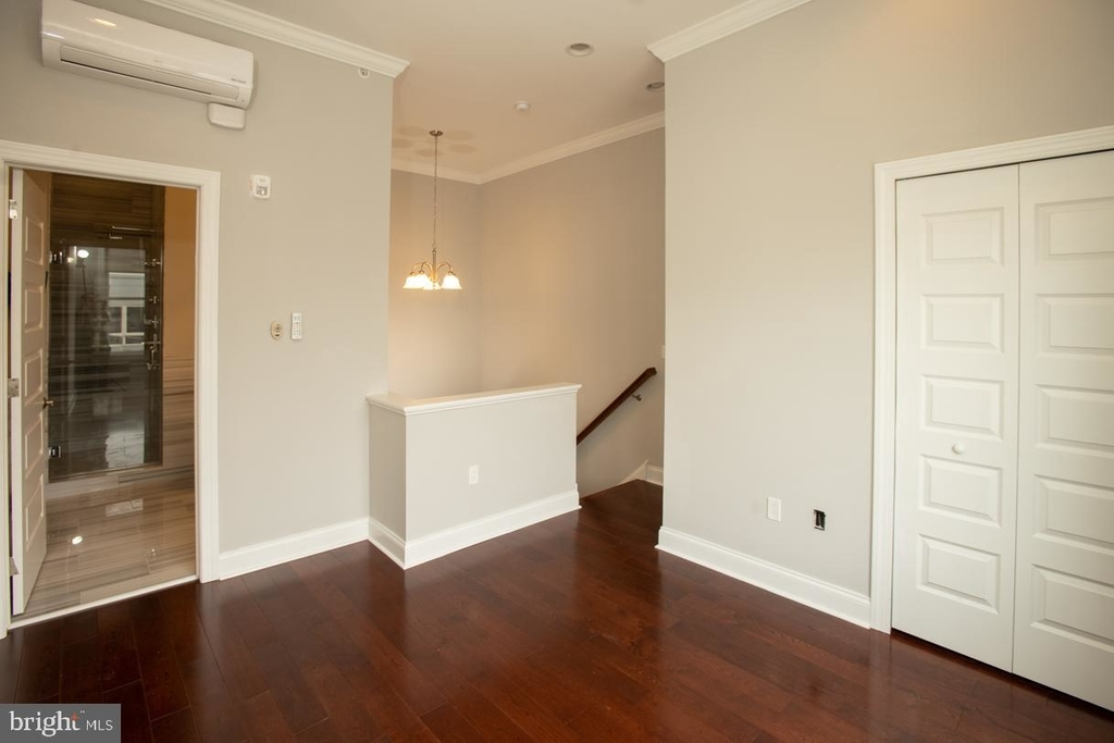 901 N Front Street - Photo 13