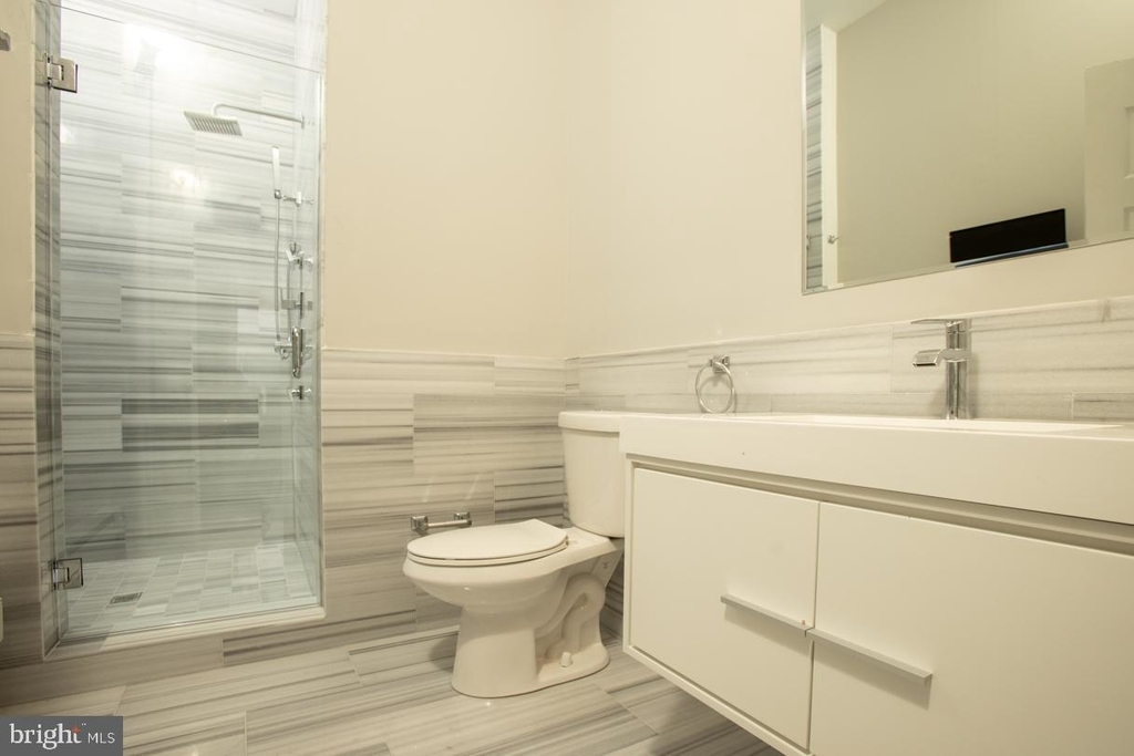 901 N Front Street - Photo 15