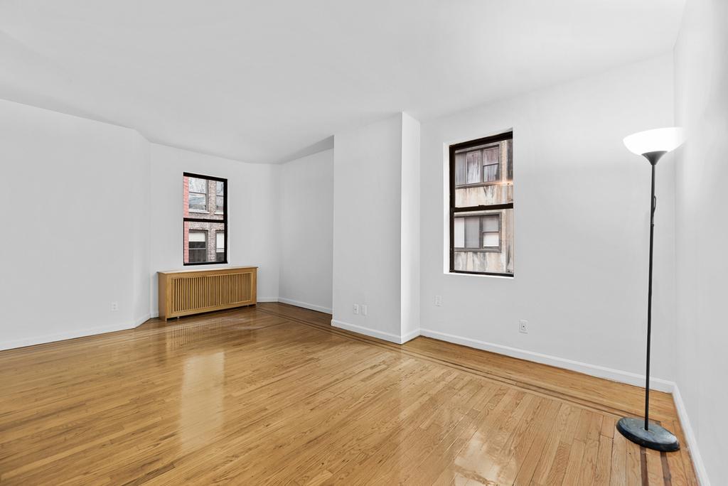 121 Madison Avenue - Photo 3