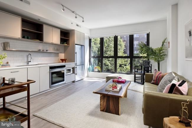 1315 Clifton St Nw #227 - Photo 4