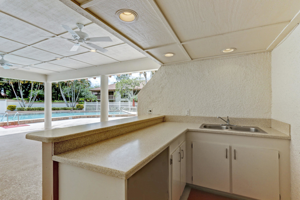 206 Brackenwood Terrace - Photo 47