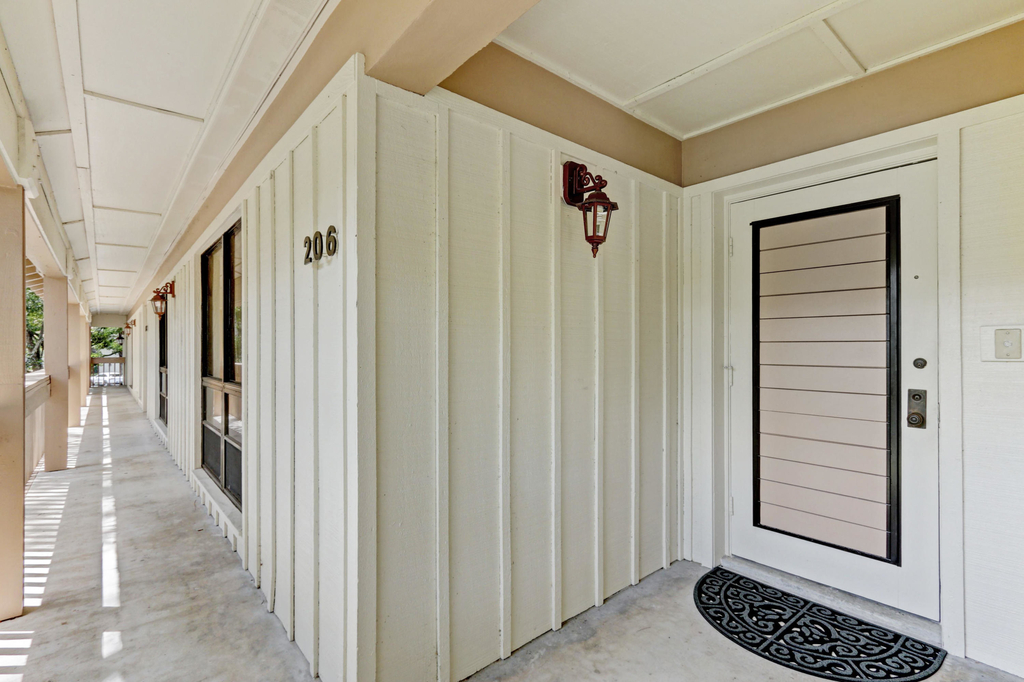 206 Brackenwood Terrace - Photo 5