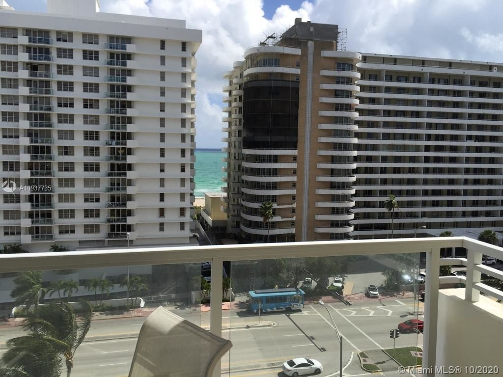 5600 Collins Ave - Photo 5