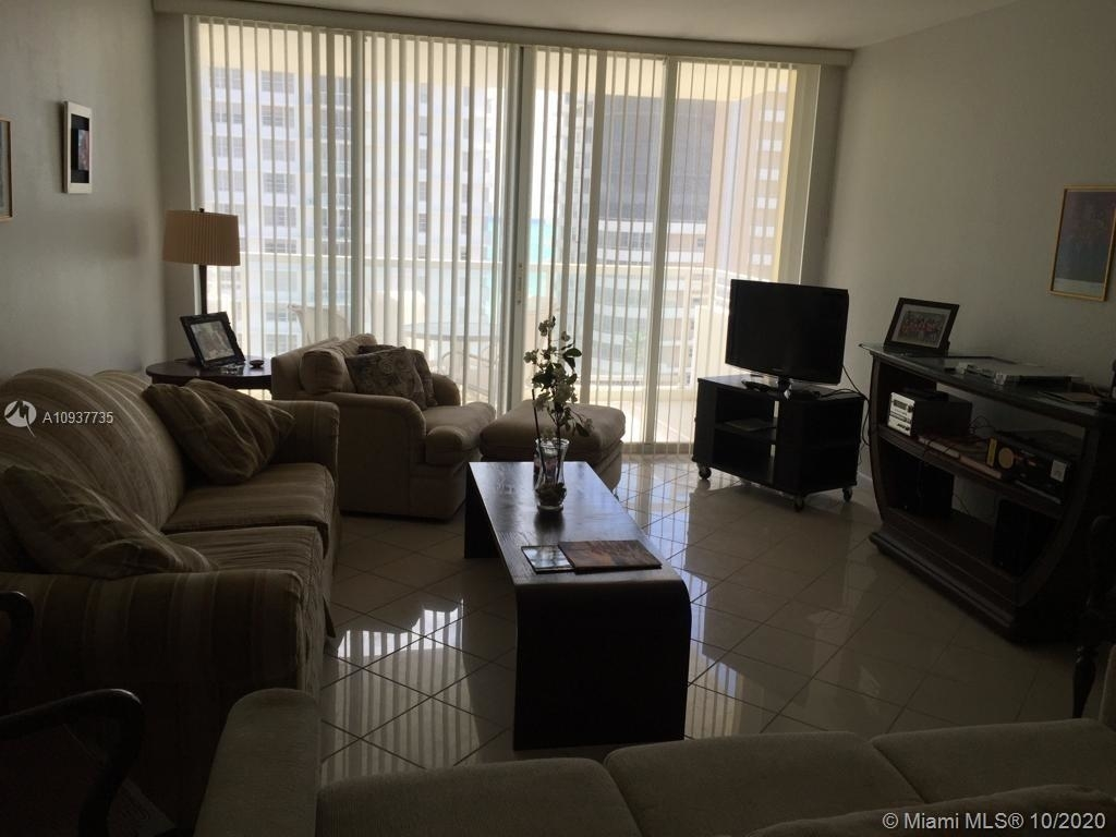 5600 Collins Ave - Photo 6