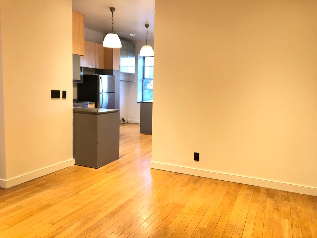 510 East 119th Street - Photo 3