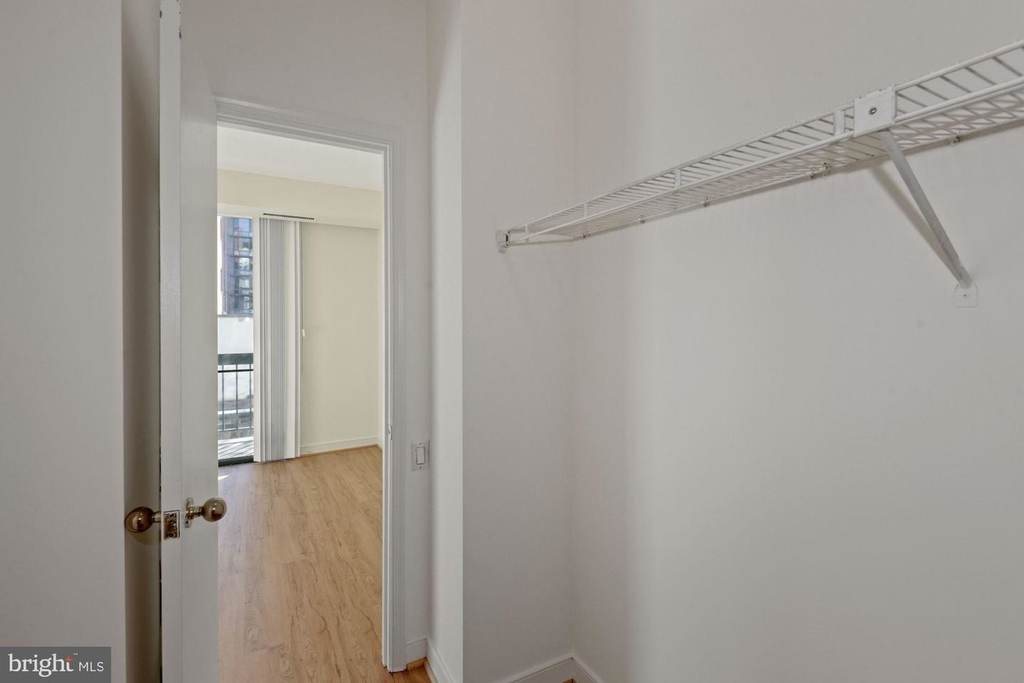 955 26th St Nw #209 - Photo 13