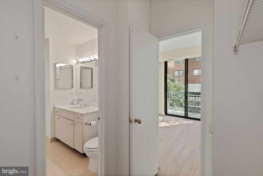 955 26th St Nw #209 - Photo 16