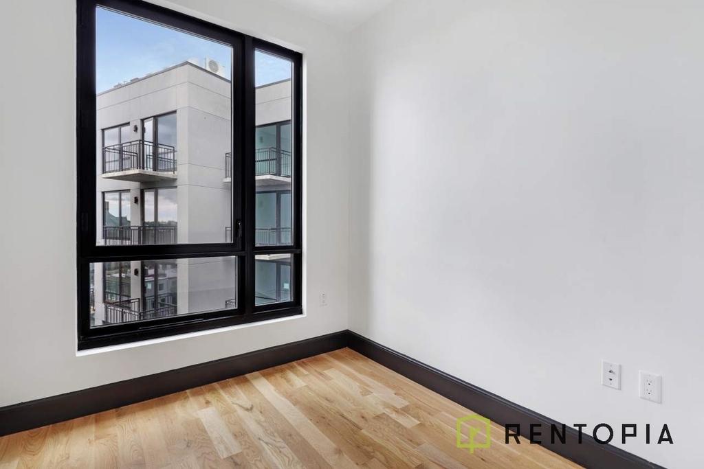 1134 Fulton Street - Photo 2