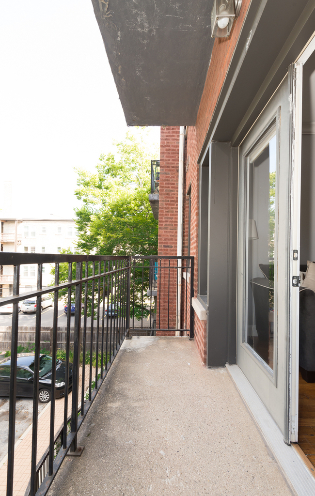 4420 North Ashland Avenue - Photo 11