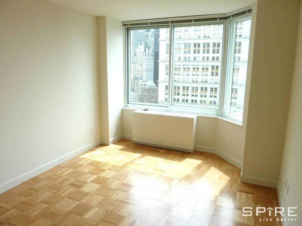 Upper East Side - Photo 6