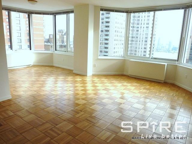 Upper East Side - Photo 3