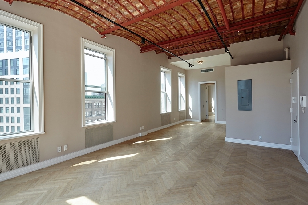 210 Fifth Ave - Photo 2