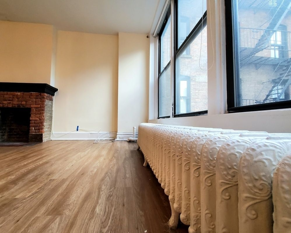 66 West 9th Street - Photo 3