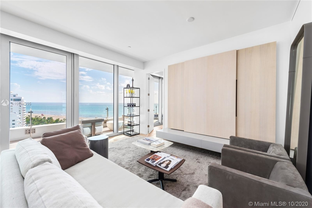 2901 Collins Ave - Photo 10