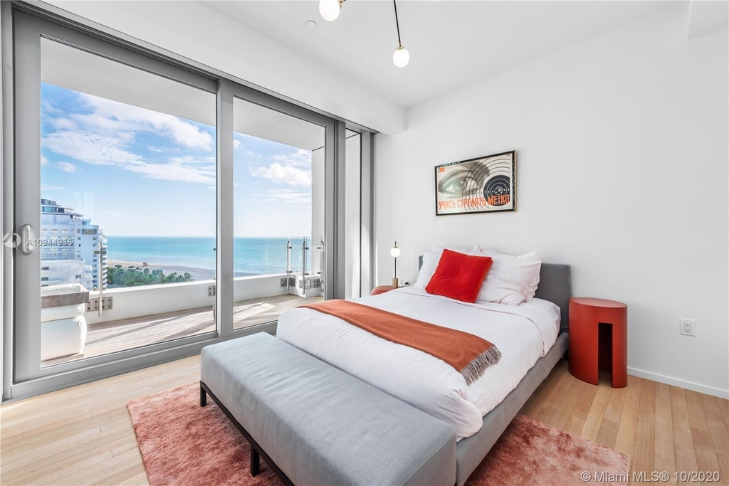 2901 Collins Ave - Photo 9