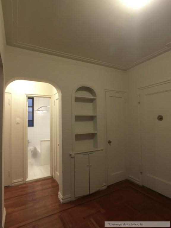 600 West 218th Street - Photo 14