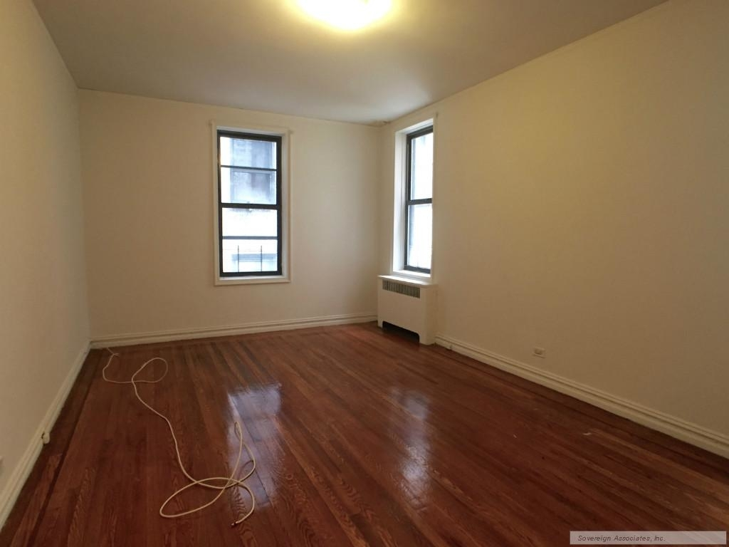 600 West 218th Street - Photo 7