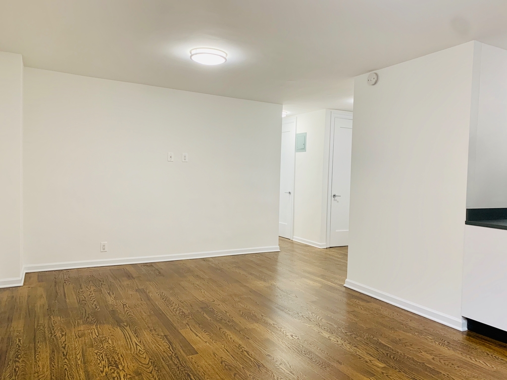 145 East 16th Street - Photo 3