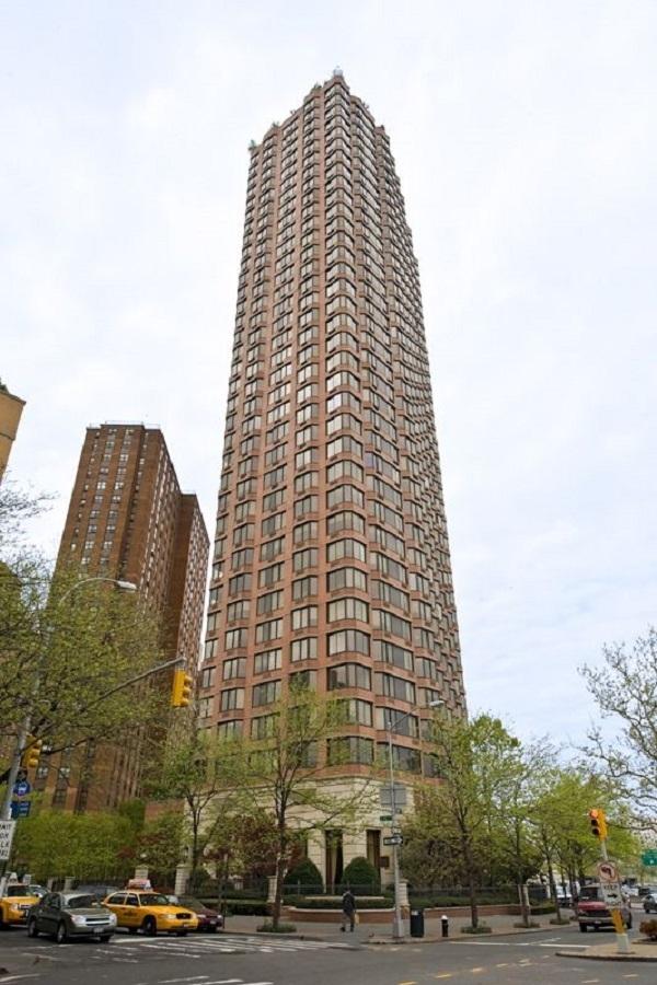 1775 York Avenue - Photo 9