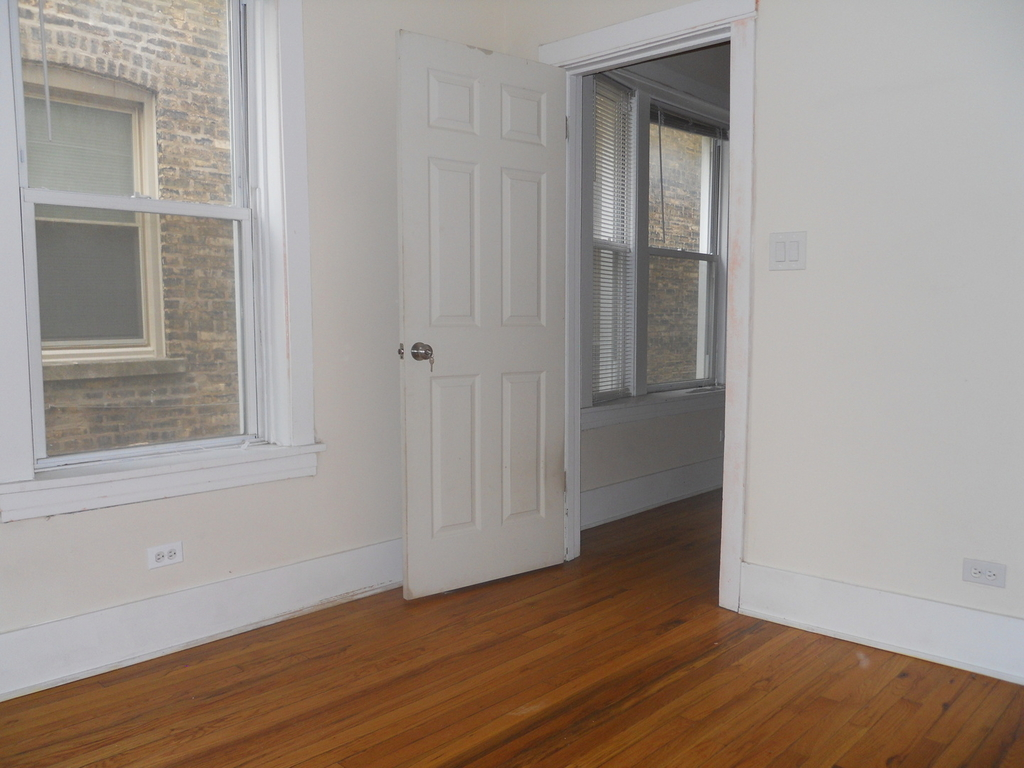 4608 North Leavitt Street - Photo 11