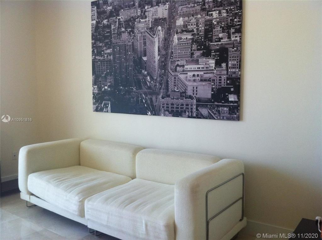 1050 Brickell Av - Photo 5
