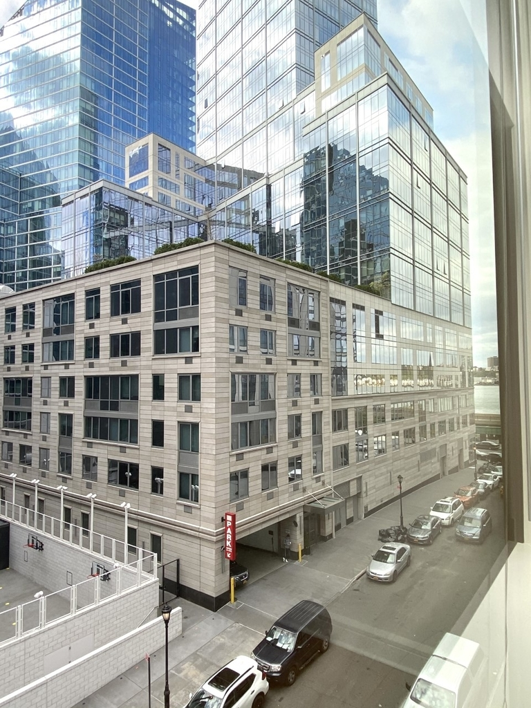 400 West 63rd Street - Photo 14