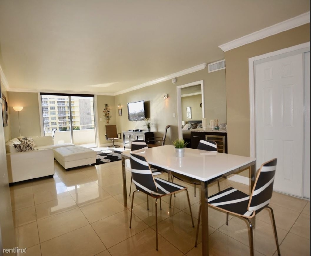 5555 Collins Ave - Photo 4