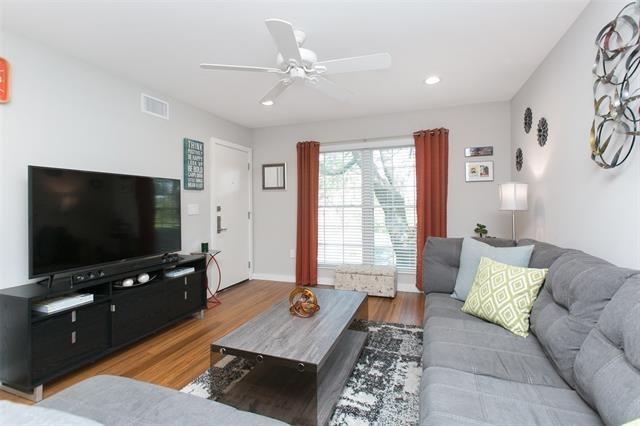 5326 Fleetwood Oaks Avenue - Photo 5