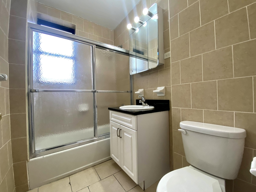 260 Convent Ave #104 - Photo 7