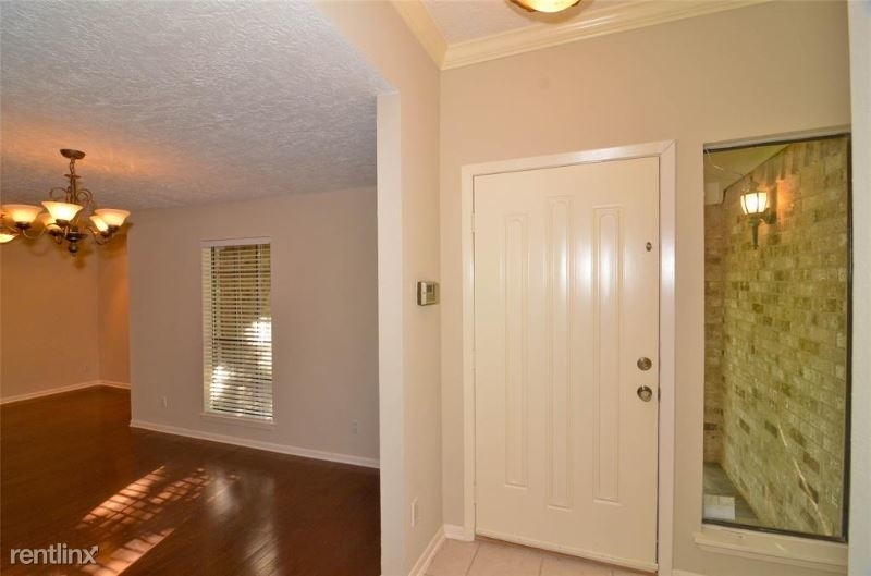 2915 Mesquite Dr - Photo 4