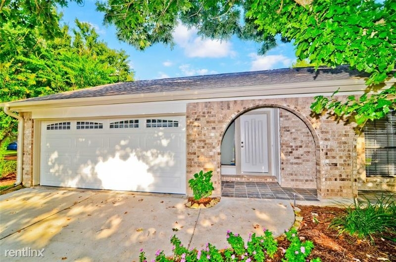 2915 Mesquite Dr - Photo 1
