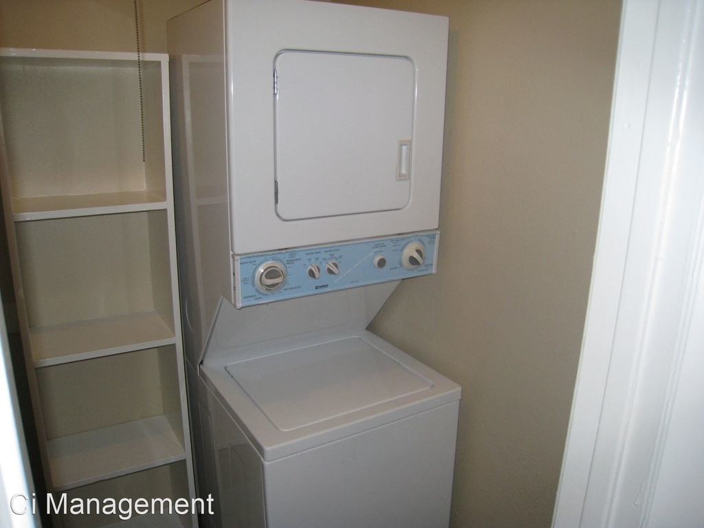 5811 Reiger Ave Apt. 8 - Photo 15