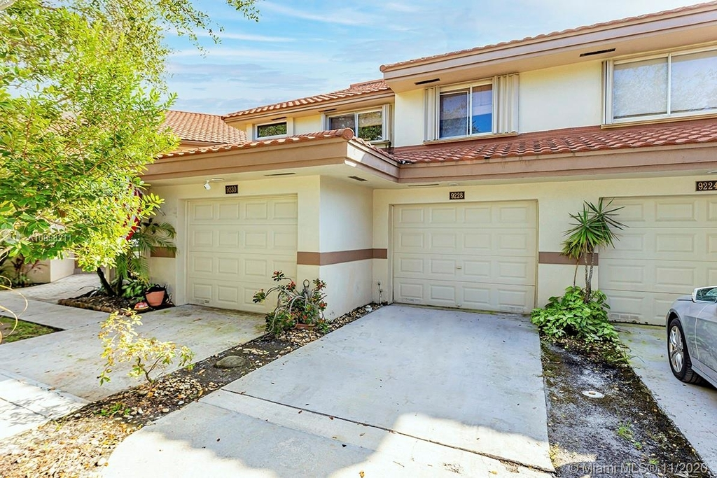 9228 Nw 9th Ct - Photo 1