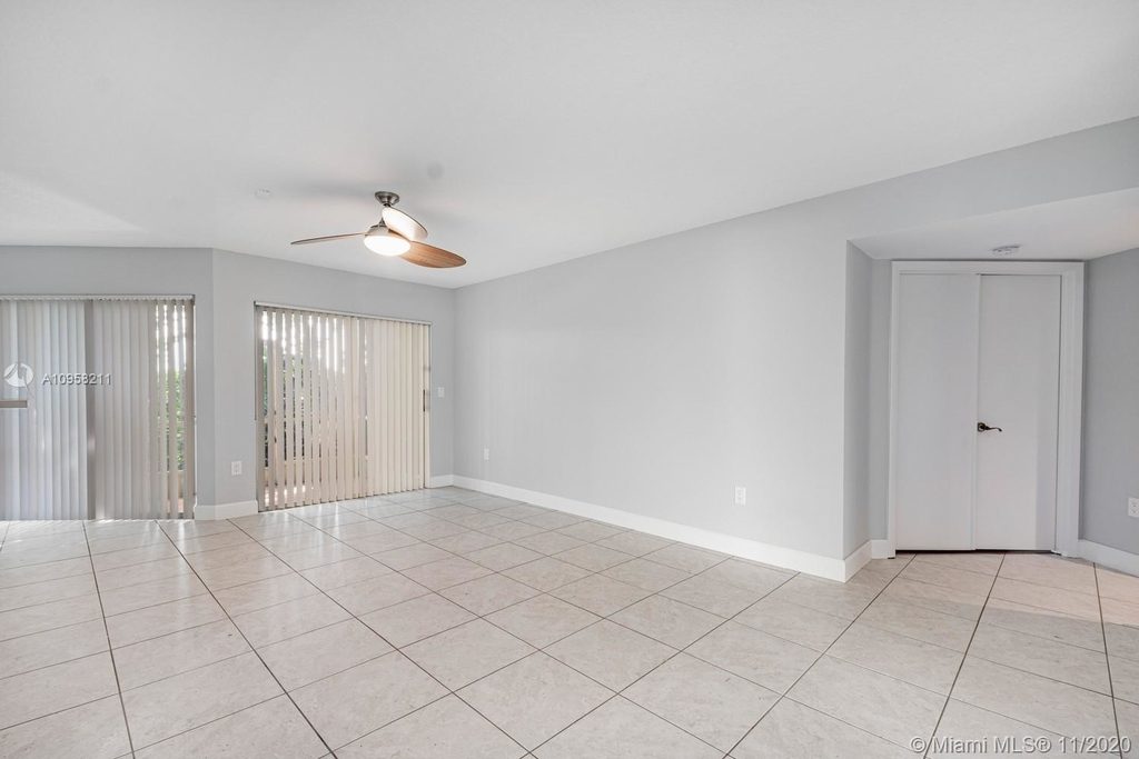 9228 Nw 9th Ct - Photo 15
