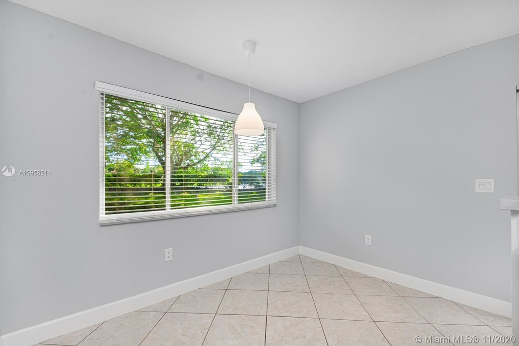 9228 Nw 9th Ct - Photo 16