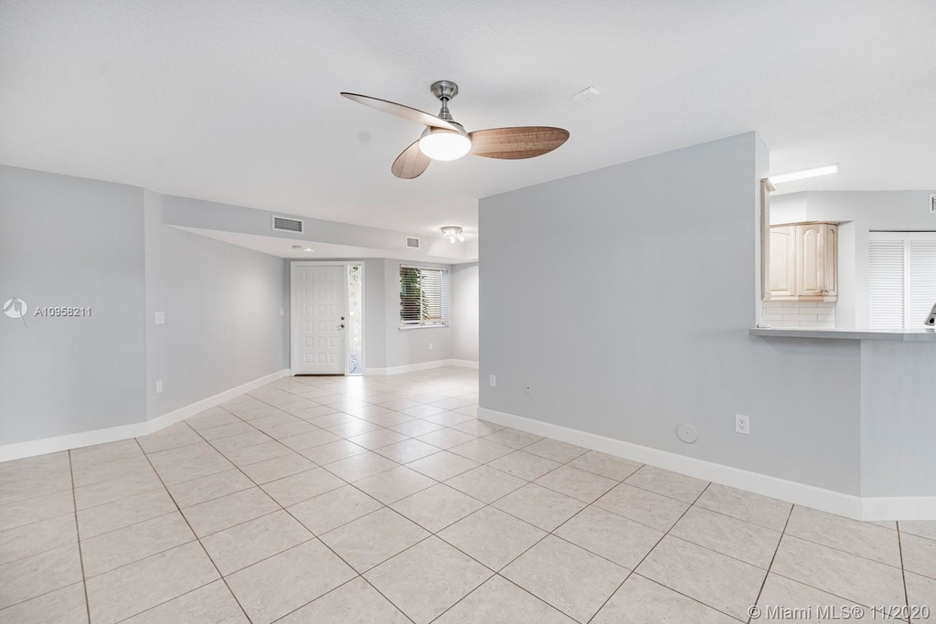 9228 Nw 9th Ct - Photo 14